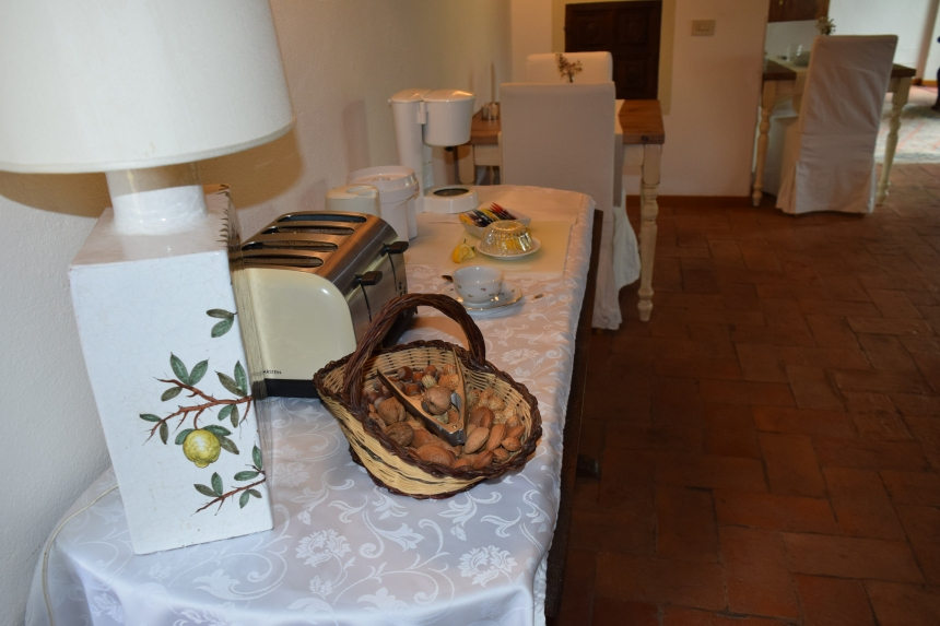 Badia a Passignano in Tuscany Italy. Where to eat, where to stay, what to do.