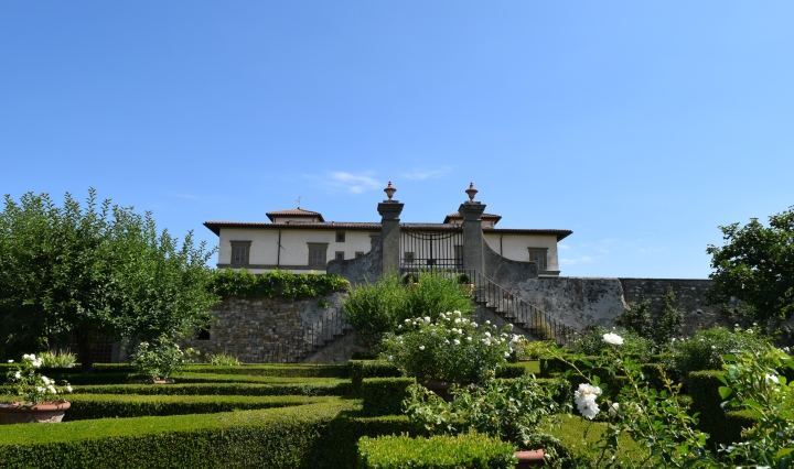 Villa Le Corti Tuscany Italy, the wine cellars and the fabulous Chianti Classico wines