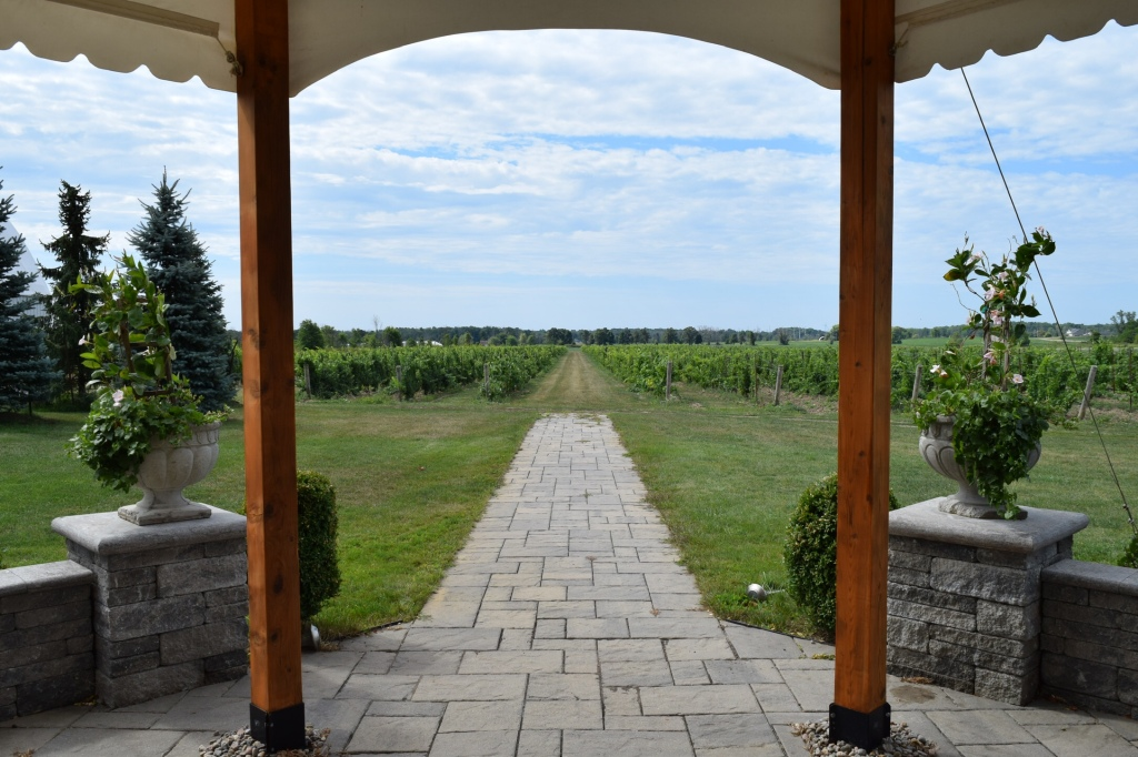 Villa Bacchus Winery and Bed and Breakfast Niagara