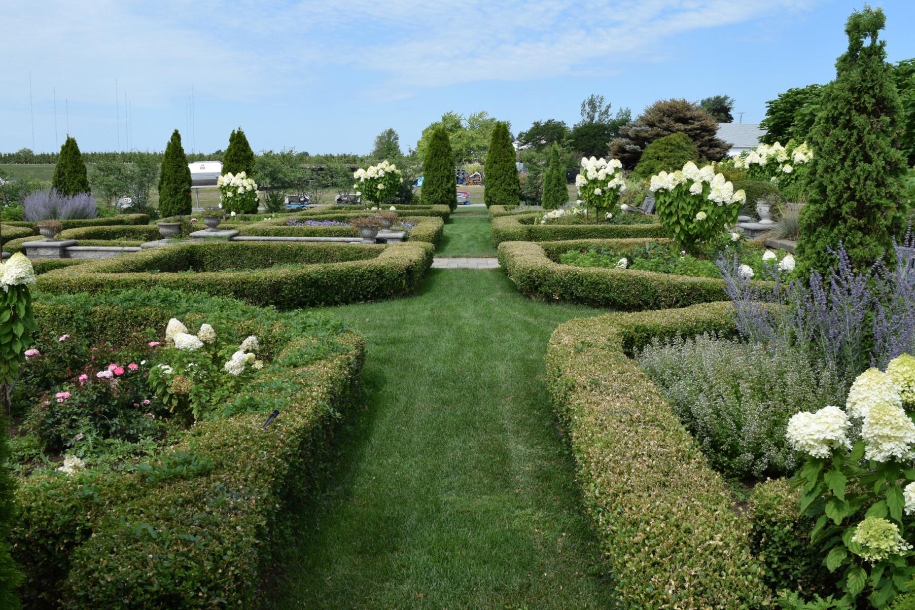 Villa Bacchus Winery and Bed and Breakfast Niagara